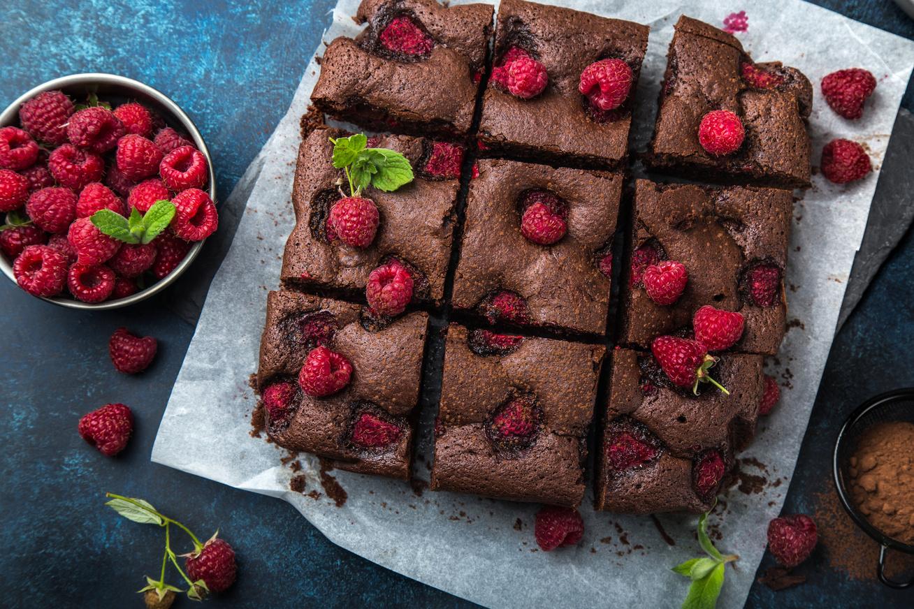 30 perces, szuper finom, málnás brownie - Kívül ropogós, belül krémes