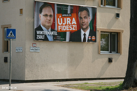 v2010 plakatok6 43