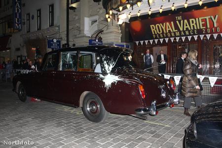 A megrongált Rolls Royce