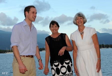Vilmos herceg Queensland kormányzójával és Cairns város polgármesterével