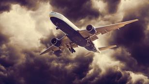 Így éld túl, ha lezuhan a repülő!