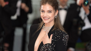 Nagyon féltette a dekoltázsát Palvin Barbara Cannes-ban