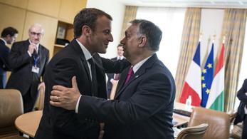 Orbán Macronnal tárgyalt Szófiában