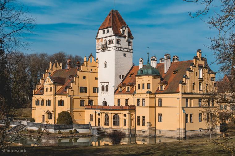 Ha pedig előkelő környezetben töltődnél fel, válaszd a Schönau kastélyt a rózsák és a repkény ölén