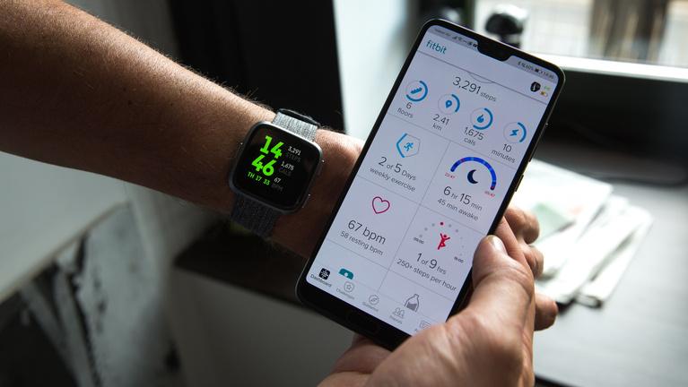 Most mindent beleadott a Fitbit