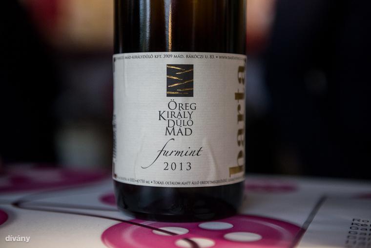 Főleg, mert olyan menő borokat is meg lehet kóstolni, mint az Öreg Király Dűlő Furmint, aminek a 2015-ös évjárata a a legnagyobb amerikai borverseny, az SFIWC dupla arany, vagyis nagydíját is elvitte