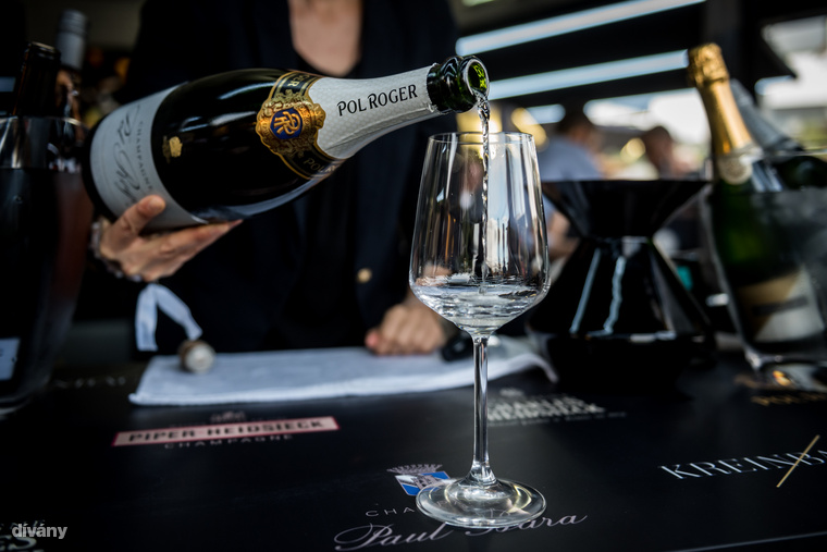 Pol Roger nevét sem kell bemutatni azoknak, akik szeretik a jó champagne-okat