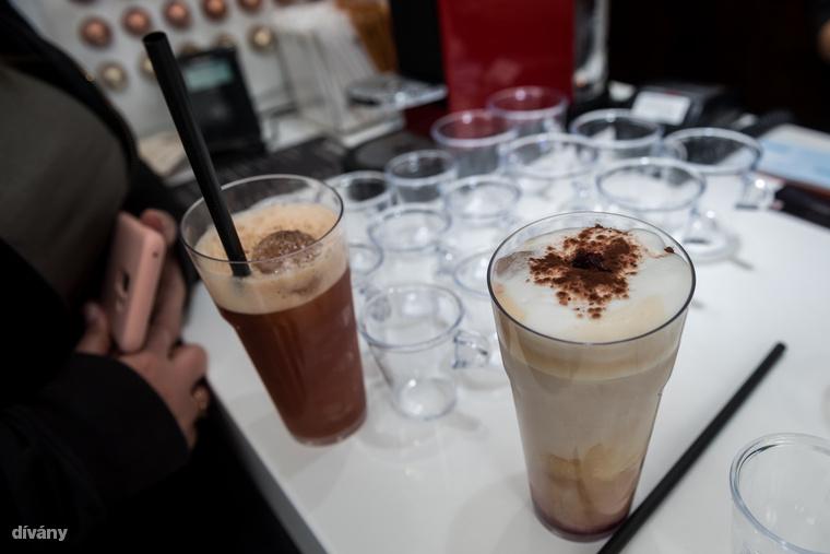 Sima kávé helyett pedig miért ne ihatnál egy kávékoktélt? Két nyári frissítő közül választhatsz a Nespressonál