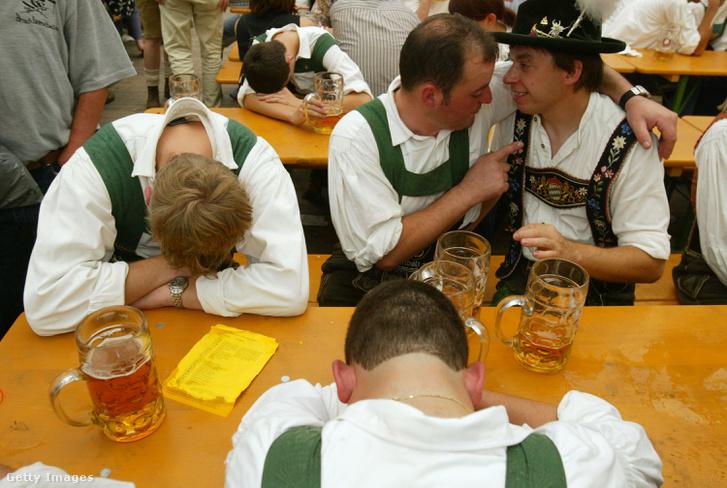 Egészséges emberek a müncheni Oktoberfesten