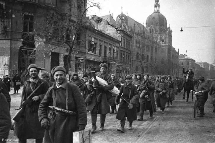 Budapest, 1945.