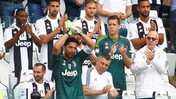 Könnyek között, lecserélve fejezte be a Juventusban Buffon