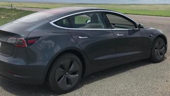 830 kilométert is mehetsz a Tesla Model 3-mal egy töltéssel, ha elég őrült vagy hozzá