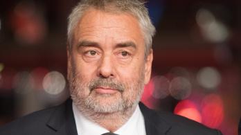 Luc Bessont szexuális erőszakkal vádolja egy színésznő