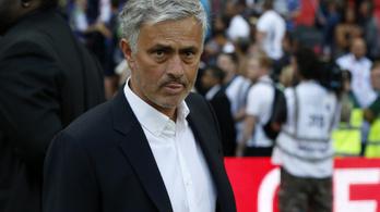 Mourinho azzal kritizálta a Chelsea-t, amivel őt szokták