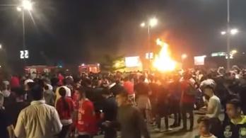 A bajnoki cím ünneplése közben borult lángba a Crvena zvezda busza