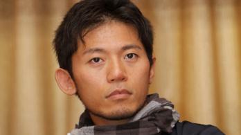 Meghalt a japán hegymászó, aki elfagyott ujjakkal akarta megmászni a Mount Everestet