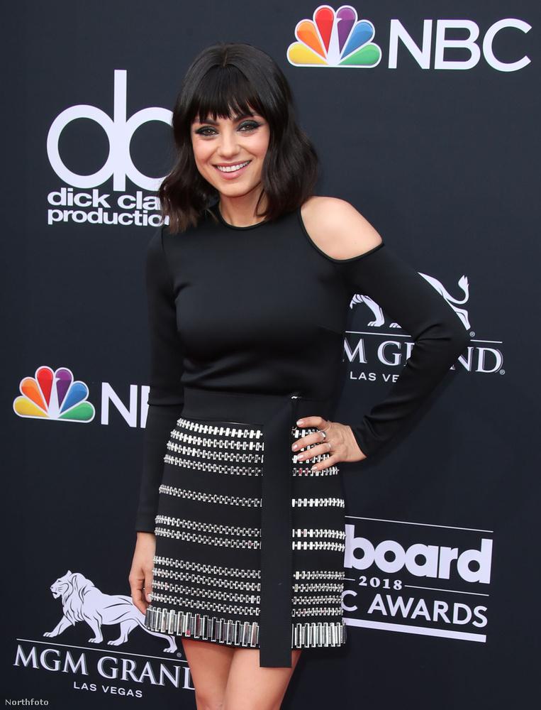 Mila Kunis is ott volt a díjátadón.