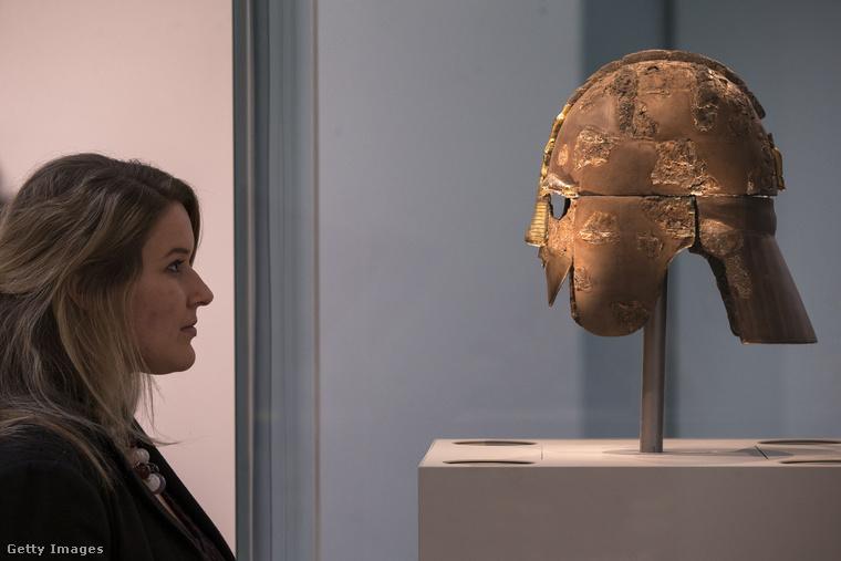 A British Múzeum 1753-ban a világ első, a nyilvánosság számára is elérhető nemzeti múzeumaként nyitotta meg kapuit