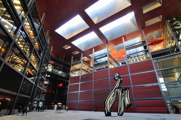 Spanyolország legnépszerűbb múzeuma a madridi Reina Sofía, ahol 20 ezernél is több alkotással találkozhatsz a 19