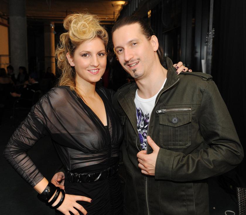 Galambos Dorina és Pély Barna 2009-ben, a SugaBird Glamour Rock Fashionshow-n.