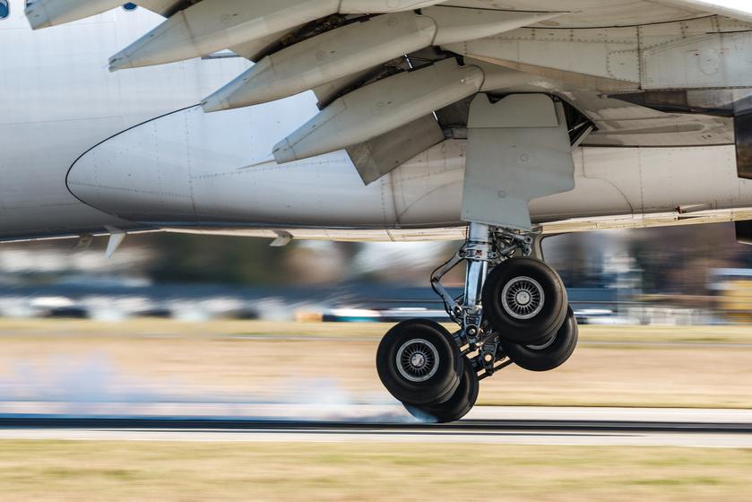 Repülés a KLM business-részlegén: megmutatjuk az elnöki lakosztályhoz méltó luxust