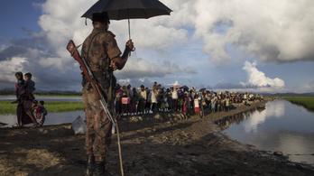 Rohingja tömegmészárlást tártak fel, nők és gyerekek is az áldozatok között