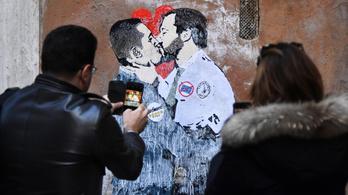 Összeállt a viccpárt és a szélsőjobb: Olaszország épp megvalósítja Európa rémálmát