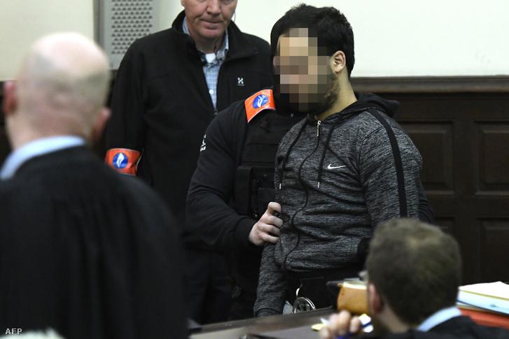 Salah Abdeslam tárgyalásán 2018 februárjában