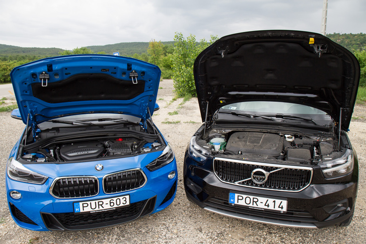 Ha belenézünk, a BMW motortere egy mestermű, de miért nézegetnénk?
