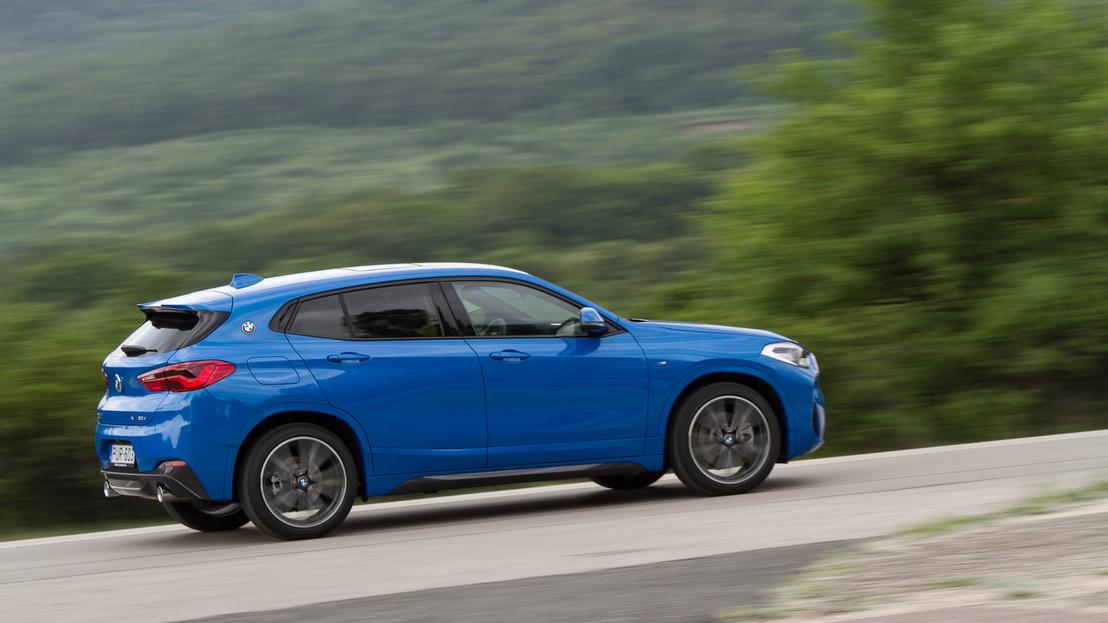 Egészen elképesztően jól megy, és nemcsak egyenesben, mint a Volvo