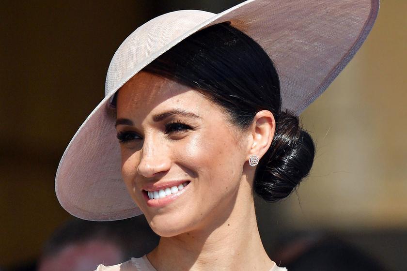 Meghan először jelent meg az esküvő óta - Csinos ruhát húzott a hercegné