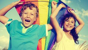Így nevelnek boldog gyermeket a nagyvilágban