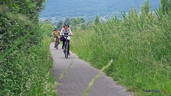 Biciklis-lanyok-gazban2-szigliget-balatoni-bringakor-bicikliut-b