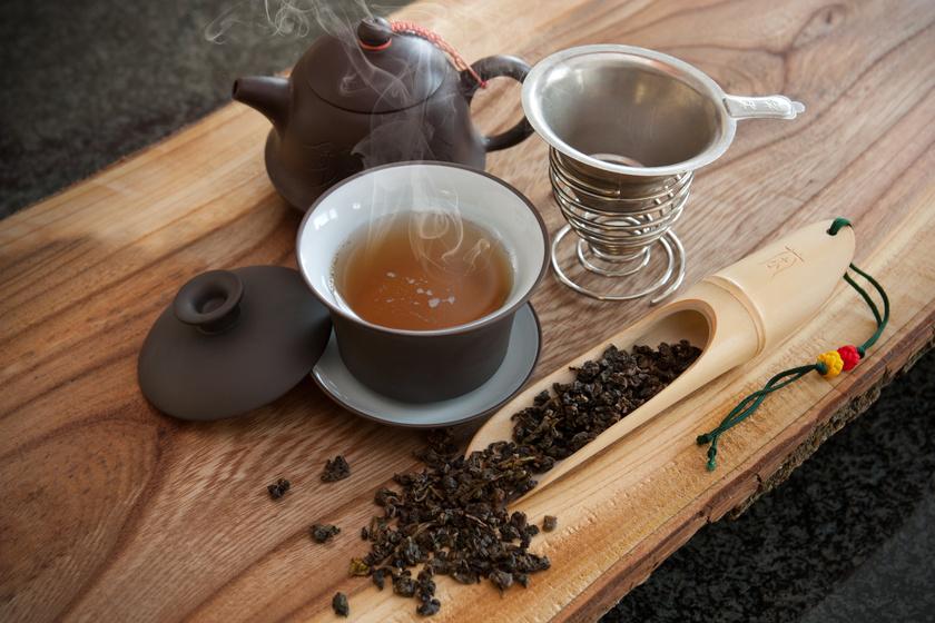 oolong-tea-kiegeszitokkel