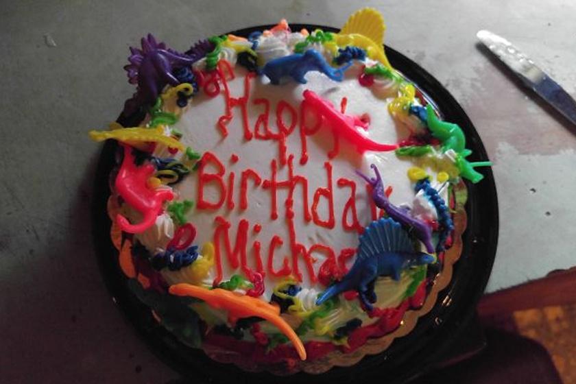 - 31 lettem... Anyukám ezzel a tortával köszöntött fel.