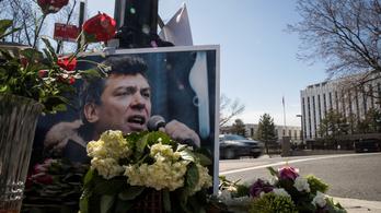 Nyemcov térrel tiltakozik Litvánia is Moszkva ellen