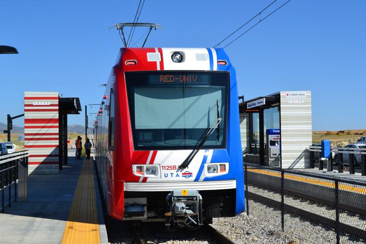 A Siemens light rail üzemű vonata Salt Lake Citynél, forrás: wikipédia