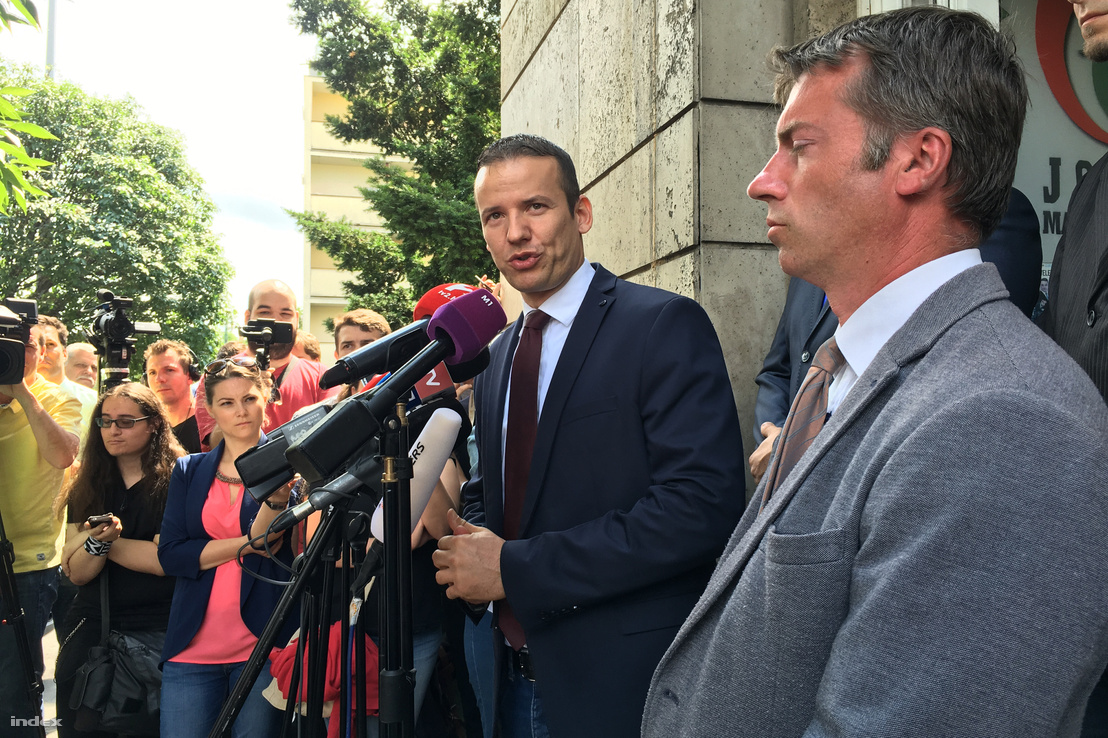Toroczkai László bejelenti a Jobbikon belüli platform megalapítását