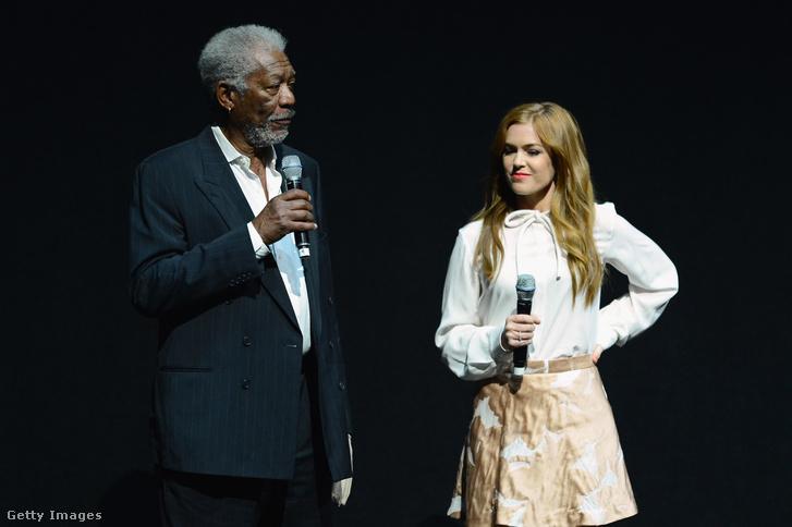 Morgan Freeman és Isla Fisher színésznő a Szemfényvesztők egyik promóciós eseményén 2013 áprilisában, Las Vegas-ban