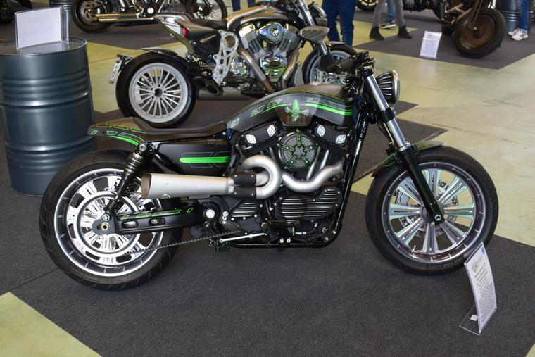 Harley-Davidson XL 1200N Nightster, 2010-ből