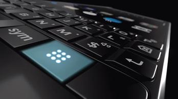 Érkezik a billentyűzetes Blackberry Key2