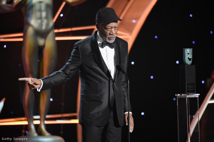 Morgan Freeman a színészszakszervezet díjátadó ünnepségén, életműdíja átvétele után