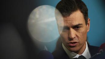 Bizalmatlansági indítvánnyal buktatnák meg a spanyol kormányt