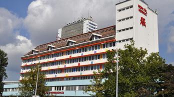Évek óta nem fizet túlórapénzt a Heim Pál Kórház