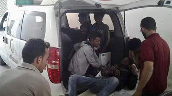 Emberkereskedők végeztek menekülő migránsokkal Líbiában