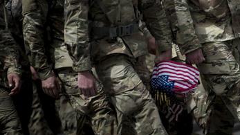 Hogyan lett Amerika újra a világ csendőre?