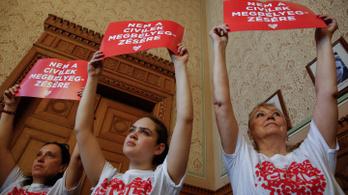 Fogynak a civilek, mióta a Fidesz kormányoz