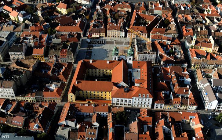 Légi felvétel Győr belvárosáról