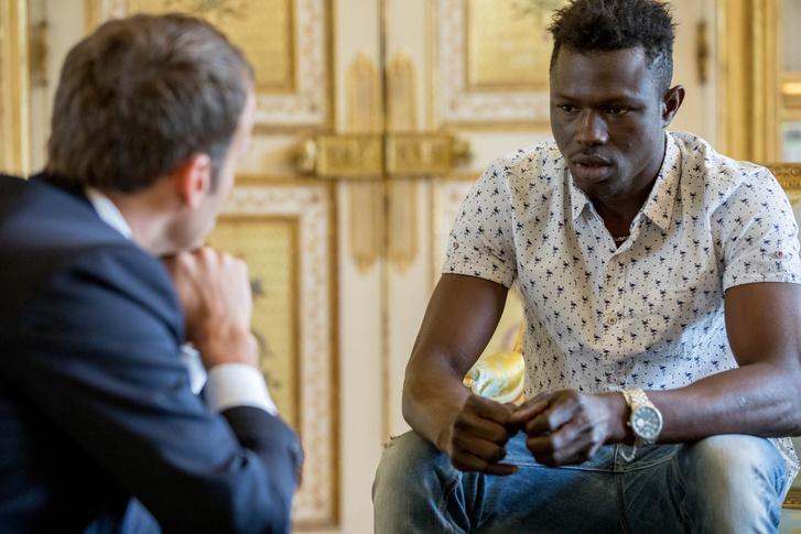 A francia elnök és Mamoudou Gassama