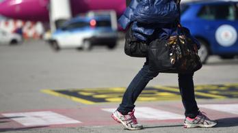 Több mint 300 ezer magyar dolgozik külföldön